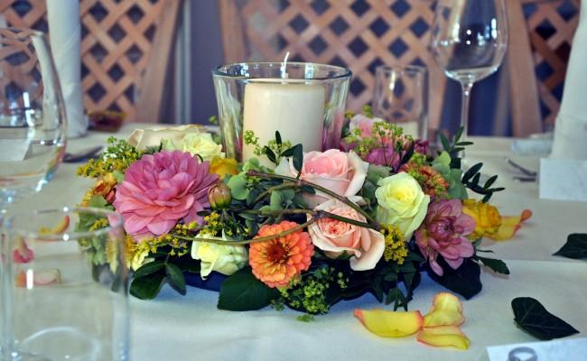 Hochzeit Blumenschmuck Tischschmuck2